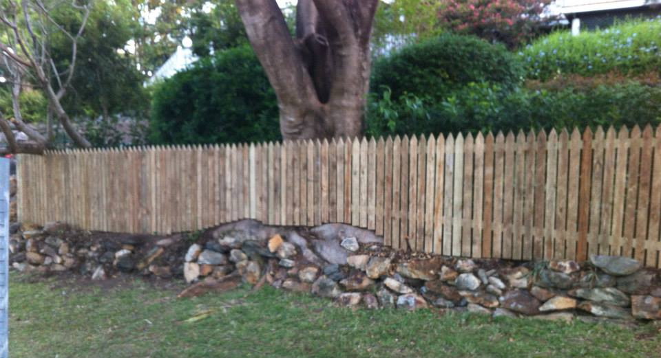 Rycan Maintenance Brisbane Handyman Timber Fence Picket3